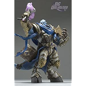 World of Warcraft: Vindicator Maraad Deluxe Collector Figure by World of Warcraft 5