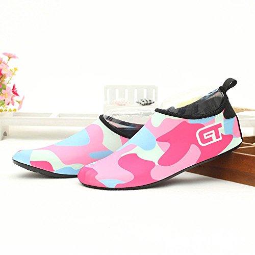Unisex Aquaschuhe Strandschuhe, Weiche schnelltrockene rutschfeste Schwimmschuhe geeignet für Tauchen Schnorcheln Schwimmen, für Damen & Herren, Erwachsene & Kinder Tarnfarbe-rosa