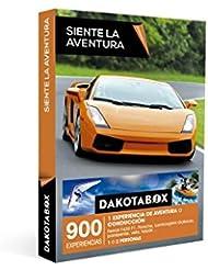 DAKOTABOX - Caja Regalo - SIENTE LA AVENTURA - 900 actividades como conducir un Ferrari F430 F1, Porsche o un Lamborghini Gallardo, vela, kayak, parapente, barranquismo, surf…