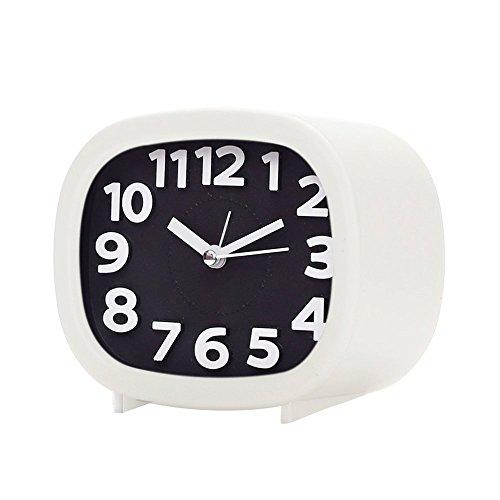 Skitic Analog Wecker Reisewecker Quarzwecker Kein Ticken Geräuschlos Wecker Laut Alarm Clock Batteriebetrieben Tischuhr mit Nachtlicht für Reise, Heim und Büro