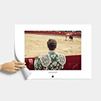 *Corrida* Póster con fotografía artística del autor - matador, toro, corrida, España. Decoración de hogar. Regalos originales. Formato de lámina - A2