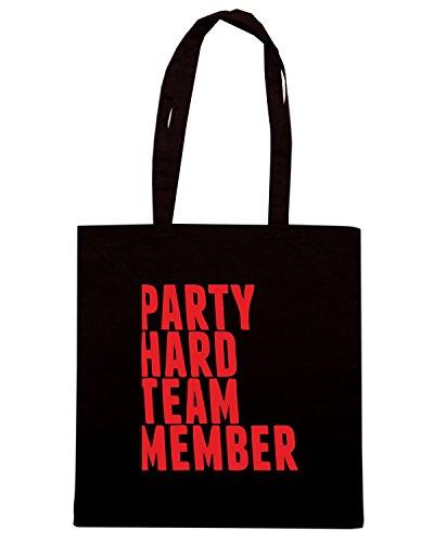 T-Shirtshock - Borsa Shopping MAT0067 Party Hard Team Member Maglietta Nero
