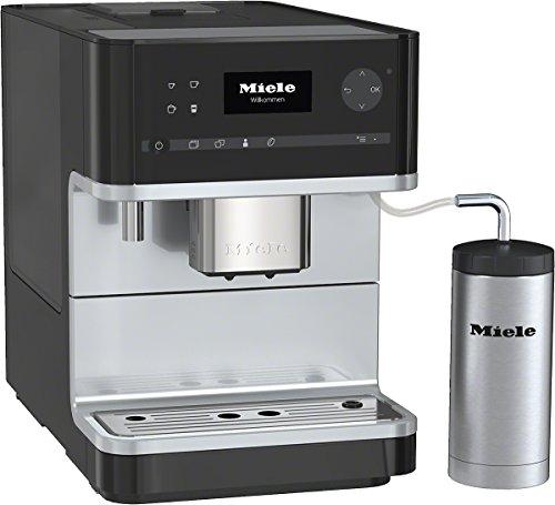 Miele CM 6310 Stand-Kaffeevollautomat / Obsidianschwarz / OneTouch-Funktion / Beheizte AbstellFrontladeräche