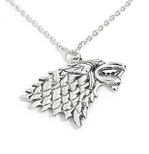 "Collar y colgante de metal. Serie de televisión JUEGO DE TRONOS (GAME OF THRONES). Modelo ""Stark house crest"". Color de Plata."