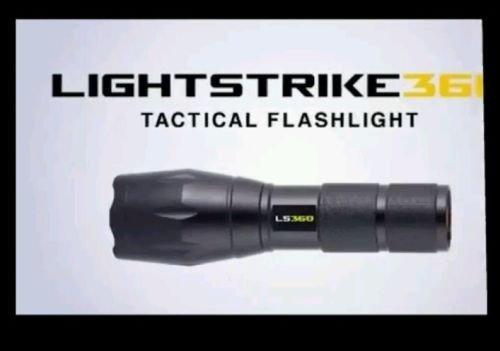 lightstrike ls360Lampe torche tactique