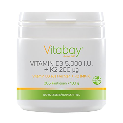 Vitamina D3 5,000 I.U. + Vitamina K2 Menaquinona MK7 200 ?g - 99,99% de forma trans - Contenido de Cis 0% - Polvo vegano 365 porciones sin cápsulas. La vitamina D3 (colecalciferol) es una de las vitaminas más buscadas y ha sido probada en estudios. L...