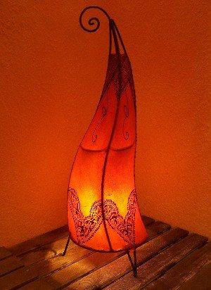 Marrakesch - Lámpara de pie (70 cm), diseño de henna, color naranja