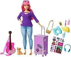 Barbie FWV26 - Reise Puppe mit pinken Haaren inkl. Reisezubehör und Kätzchen, Puppen Spielzeug und Puppenzubehör ab 3 Jahren
