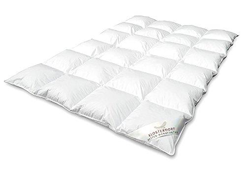Klosterdorf Bettenmanufaktur Premium Ganzjahresdecke \'\'Typ Eiderdaune\'\' | 155x220 cm | 530 Gramm | LEICHT | Handarbeit aus Deutschland | Bettdecke | Für einen gesunden Schlaf