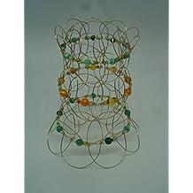 Mándala tibetano tridimensional de alambre. Tres anillos desiguales. Nueve pétalos