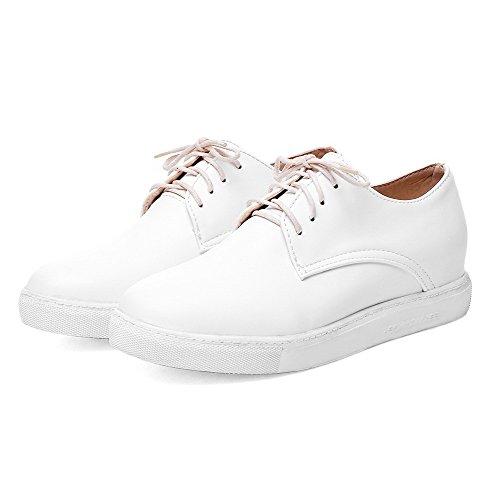 AgooLar Femme Cuir de Bœuf à Talon Bas Rond Couleur Unie Lacet Chaussures Légeres Blanc