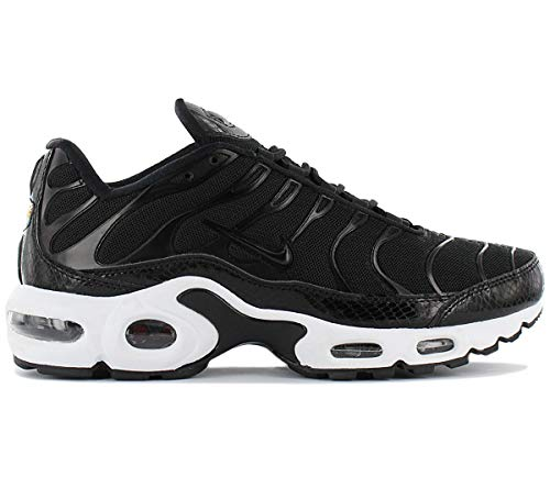 Nike Women's Air Max Plus SE Shoe (8 B(M) US, Black/Black-Dark Grey)
