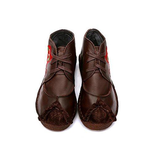 YYH Manuel de travailleur de broderie de style National femme véritable cuir Court bottes Retro plat talon chaussures de fille coffee color