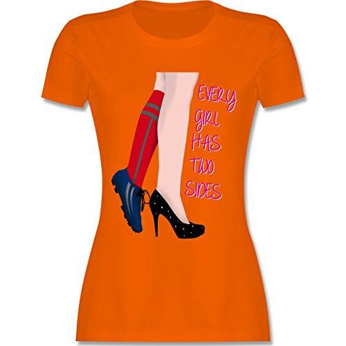 Fußball - Every girl has two sides - Fußball - tailliertes Premium T-Shirt mit Rundhalsausschnitt für Damen Orange