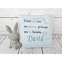 """Manta bebe personalizada con bordado de frase """"Erase una vez un príncipe"""". Para coche o minicuna. 80x110 cm. Color rosa, azul y beige Dos capas. Tacto terciopelo"""
