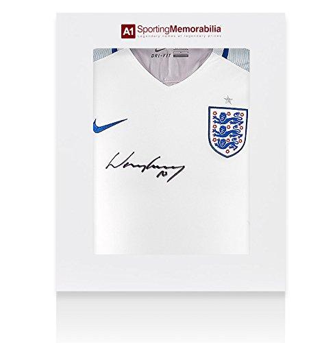 Wayne-Rooney-Signed-England-Shirt-20152016-Gift-Box