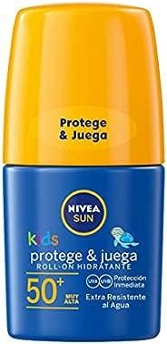 NIVEA SUN Roll-On Solar Niños Protege & Juega FP50+ (1 x 50 ml), protector solar roll-on para niños, crema
