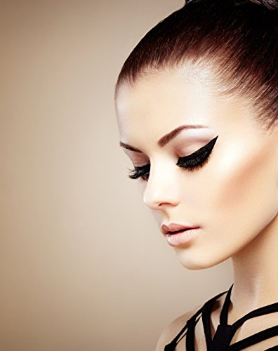 Intense Black Deep Liquid Eyeliner by Isabel Dupont � (UK Exclusive)