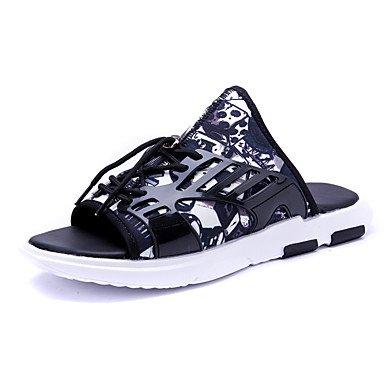 Slippers & amp da uomo;Comfort PU Estate Arcobaleno Neri casuali / sandali bianchi neri sandali US7 / EU39 / UK6 / CN39
