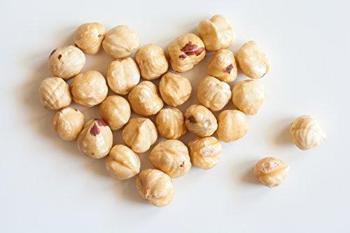 Preisvergleich Produktbild 1 kg blanchierte Haselnüsse / Haselnuss blanchiert / ganze / geschälte Nuss / Haselnusskerne / geschält / ungesalzen