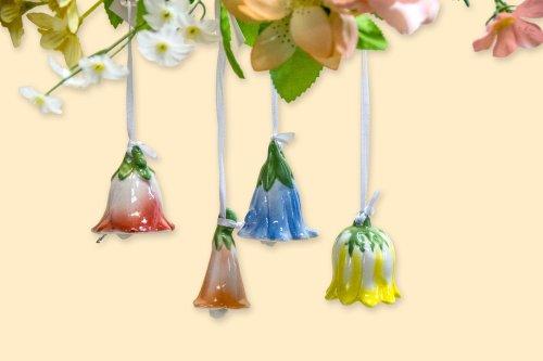 Blütenglocke aus Porzellan zum Hängen als Dekoration für Frühling und Ostern, 4 Stück