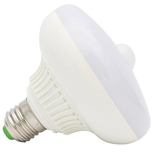 12 Watt LED Leuchtmittel Kaltweiß Licht E27 mit Bewegungsmelder Bewegungssensor für Treppen Korridor Garagen Hof Balkon
