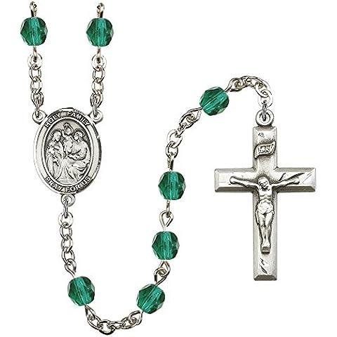 Rosario in argento, con 6 zirconi Fire lucido beads. la croce misura 3/8 x 1 3/4. Con il centrotavola Sacra Famiglia medal.