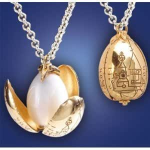 Golden Egg Pendant on Chain - Harry Potter and the Goblet of Fire by The Noble Collection