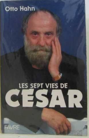 Les sept vies de César