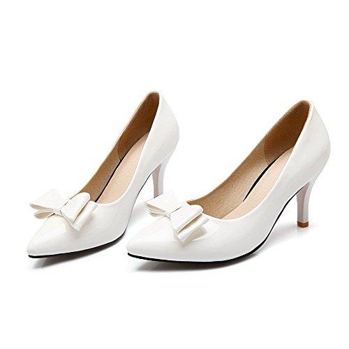 AllhqFashion Damen Weiches Material Ziehen Auf Spitz Zehe Stiletto Rein Pumps Schuhe Weiß