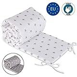 Bettumrandung Babybett nestchen Umrandungen - Babynest Kopfschutz Kantenschutz für Baby Beistellbett Gitterbett (210 cm, Weiß mit grauen Sternen)