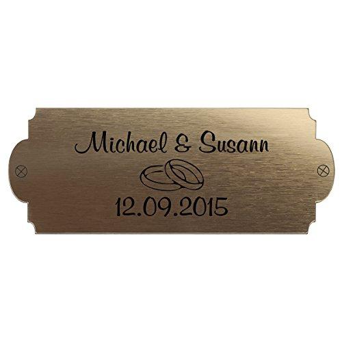 Hochzeitsbank mit Gravur, ideales Geschenk zur Hochzeit, zum Hochzeitstag oder Jahrestag – Hochwertige Holz Gartenbank mit Personalisierung aus massivem Fichtenholz - 5