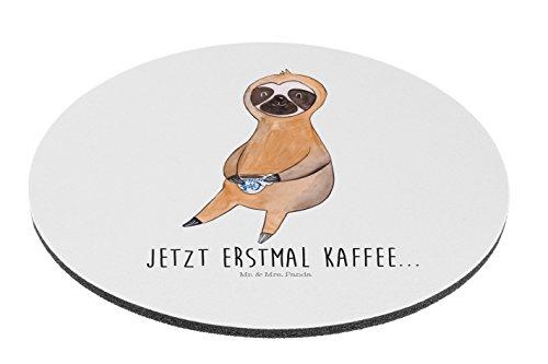 Mr. & Mrs. Panda Mauspad rund Faultier Kaffee - 100% handmade in Norddeutschland - Faultier, Faultiere, faul, Lieblingstier, Kaffee, erster Kaffee, Morgenmuffel, Frühaufsteher, Kaffeetasse, Genießer Mouse Pad rund, Mousepad, Computer, PC, Kreis, Mauspad, Maus, Geschenk, Druck, Schenken, Motiv, Arbeitszimmer, Arbeit, Büro