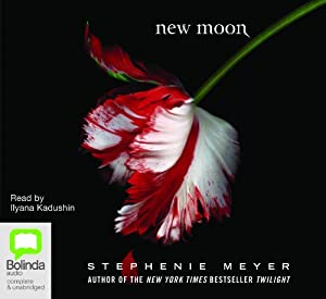 New Moon: The Twilight Saga Book 2