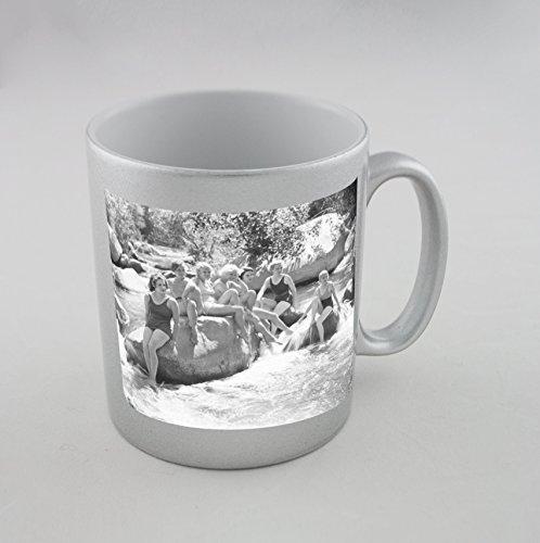 Silver mug with sea breeze