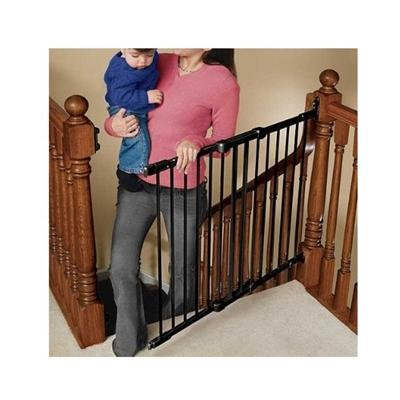 angle-mount-safeway-baby-gate-by-kidco-colors-black