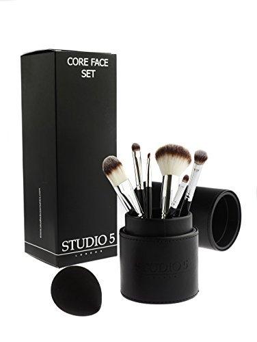 Kit completo per il viso – Include 6 pennelli, spugnetta da fondotinta pro e porta pennelli.