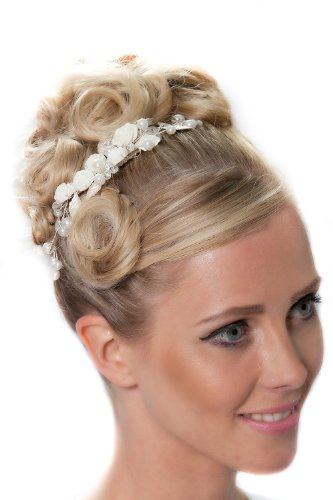 Beautiful Vintage Hair Comb With Flowers and Pearls Details - 3074SNCR