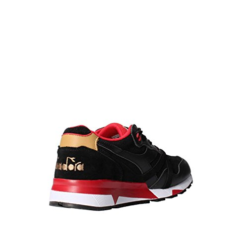 Diadora Sneakers N9000 Uomo in Pelle Scamosciato Nero - Codice Modello: 501 172307 01 80013 N9000 Amaro Nero