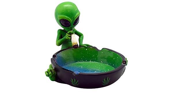 4.5x3.5 Fantasy Alien Polyresin Ashtray
