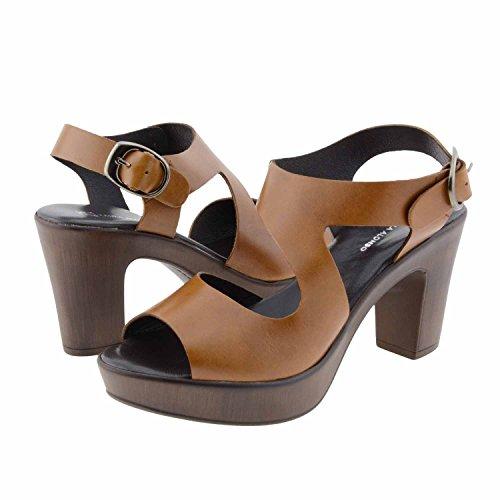 sandali in pelle Misure: 36 Colore: CASTAGNA