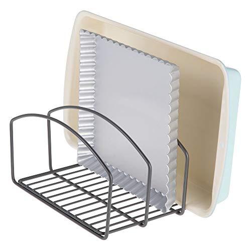 mDesign Küchen Organizer - Geschirrablage mit drei Fächern für mehr Ordnung in der Küche - Geschirrhalter aus Metall für Schneidebretter, Backformen etc. - graphitfarben (Schneidebrett-halter)