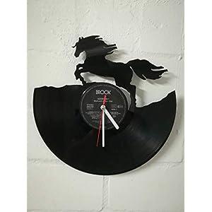 Wanduhr aus Vinyl Schallplattenuhr mit Pferd Motiv upcycling design Uhr Wand-deko vintage-Uhr Wand-Dekoration retro-Uhr