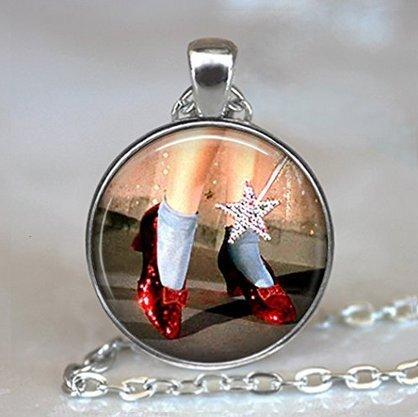 Ruby Hausschuhe Halskette, OZ Jewelry Halskette, OZ, Zauberer von Oz Schmuck, Ruby Hausschuhe Halskette, Wizard Of Oz Halskette