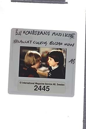Slides photo of Macaulay Culkin and Elijah Wood in The Good Son