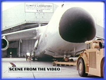 Preisvergleich Produktbild C-5 Galaxy: Tests,  Handling & Operations In Thailand