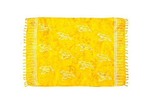 ManuMar Damen Sarong | Pareo Strandtuch | Leichtes Wickeltuch in gelb mit Delfin-Motiv mit Fransen-Quasten 115x155 cm (Quasten Modische)