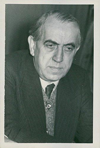 vintage-photo-of-portrait-of-helmut-reuter