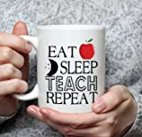 personalisierbar Teacher Tasse Eat Sleep Teach Repeat Thank You Geschenk