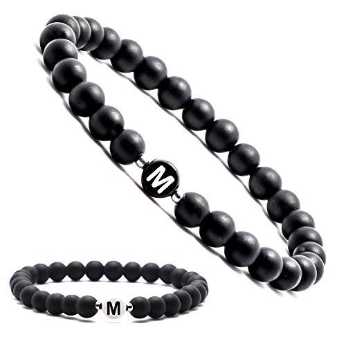 Personalisierte Namensarmbänder | Partnerarmbänder mit Onyx Perlen | Perlenarmband | Individueller Schmuck für Männer und Frauen | Buchstabe M